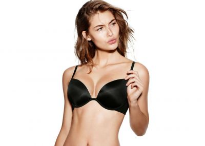 Victoria's Secret Pink podprsenka Wear Everywhere Super Push-up (Black)